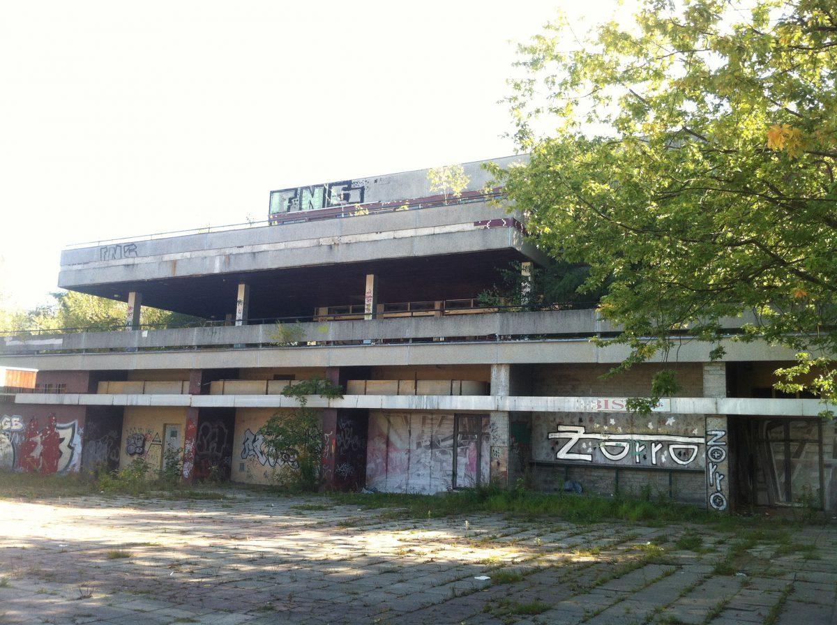 Terrassenrestaurant Minsk (c) Anna Stecher - Kooperative Berlin