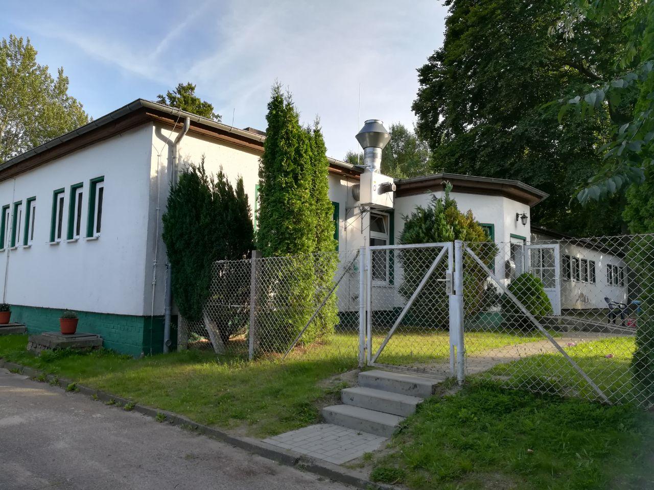 Die ehemalige Fischwerk-Wochenkrippe in Sassnitz (c) Regina Schulze