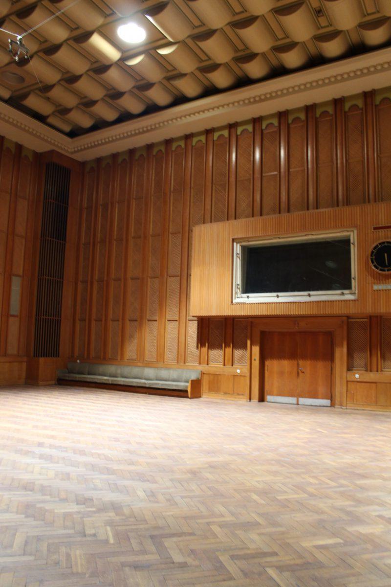 Sieben Meter Raumhöhe im Funkhaus in der Nalepastrasse (c) Dirk Engelhardt
